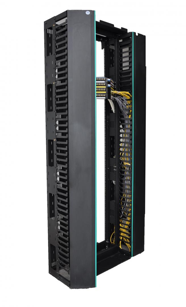 EZ NET II 45U -Single vertical cable management 6
